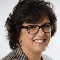 Saloua KARKRI BELKEZIZ  –  Présidente de APEBI